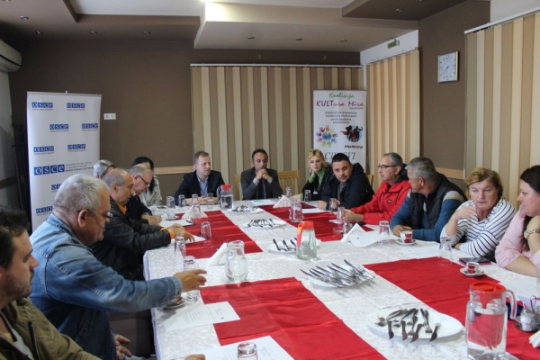 MEETING WITH MEMBERS OF THE ASSOCIATION OF CIVILIAN VICTIMS OF THE WAR IN ZAVIDOVIĆI